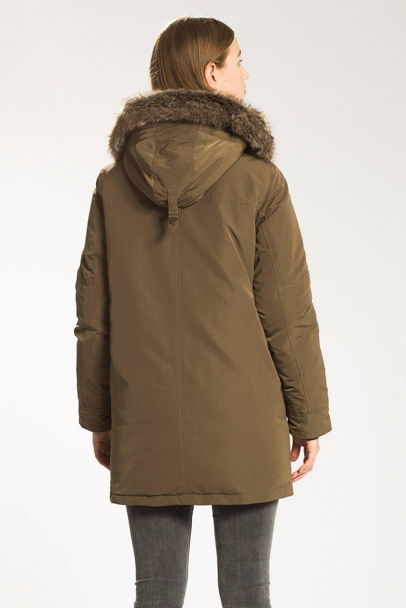 Levis Куртки